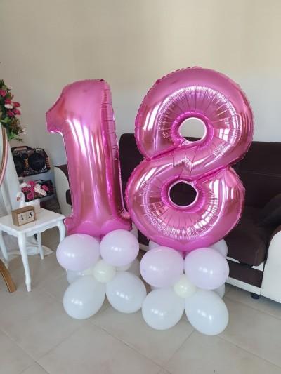 Обемни фолиеви цифри на балонена основа за декорация на рожден ден