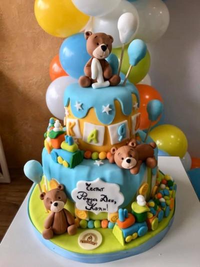 Торта с мечета в оранжево и синьо за първи рожден ден от слдкарница Асеневци