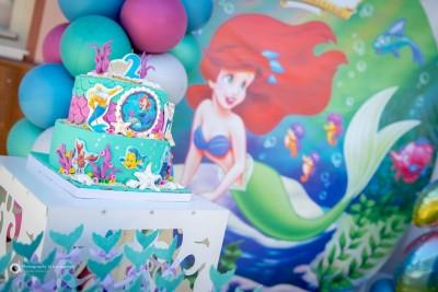 Винил и торта за детски рожден ден на тема Ариел