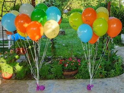 Балони с хелий за завършване на училище