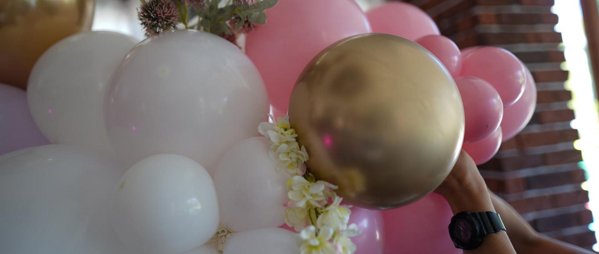 Украса с балони от агенция Mikka Design